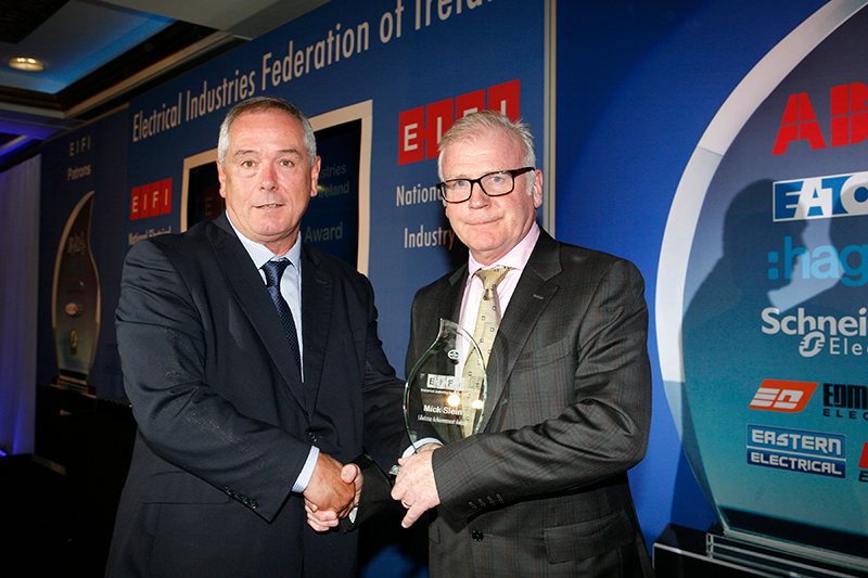 Mick Slein wins EIFI Lifetime Achievement Award